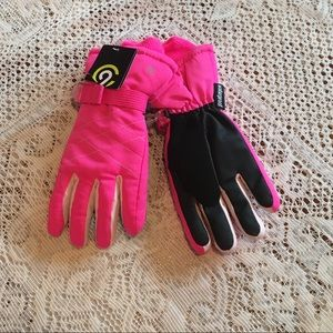 🌸NWT CHAMPION Gloves - size 8/16